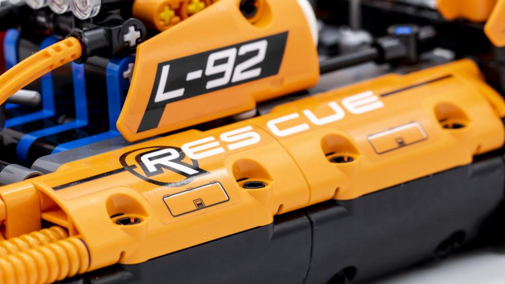 LEGO Technic 42120 Rescue Hovercraft 11