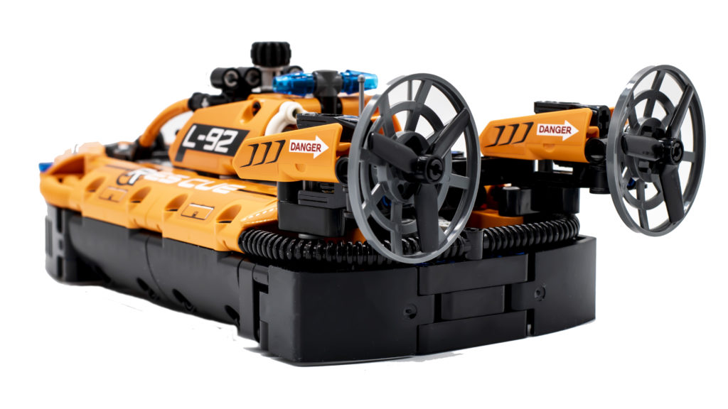 LEGO Technic 42120 Rescue Hovercraft 17