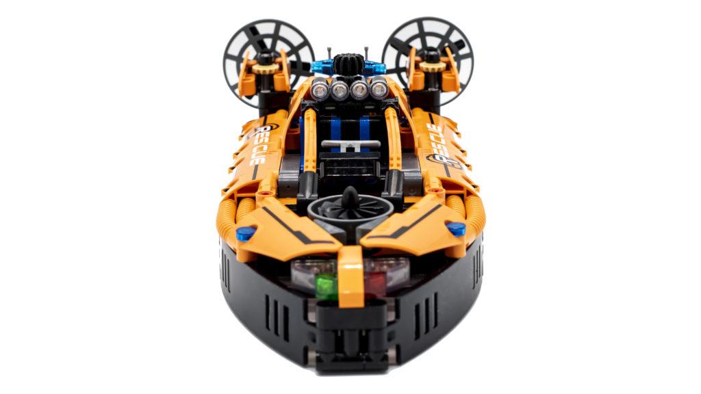 LEGO Technic 42120 Rescue Hovercraft 2