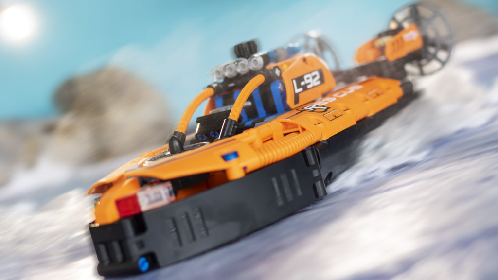LEGO Technic 42120 Rescue Hovercraft 21