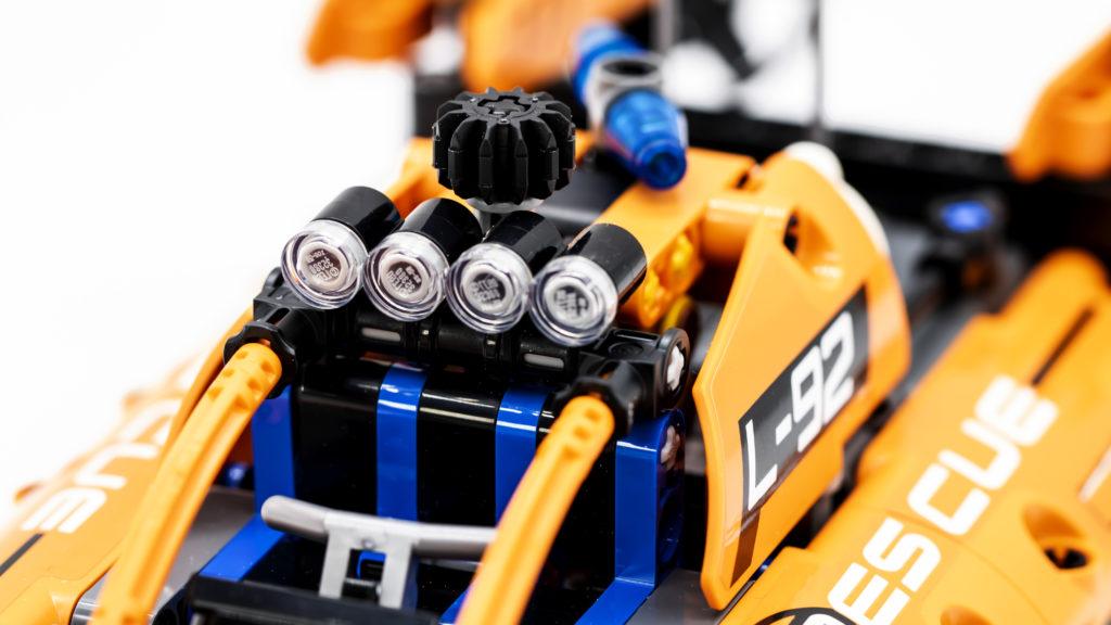 LEGO Technic 42120 Rescue Hovercraft 6