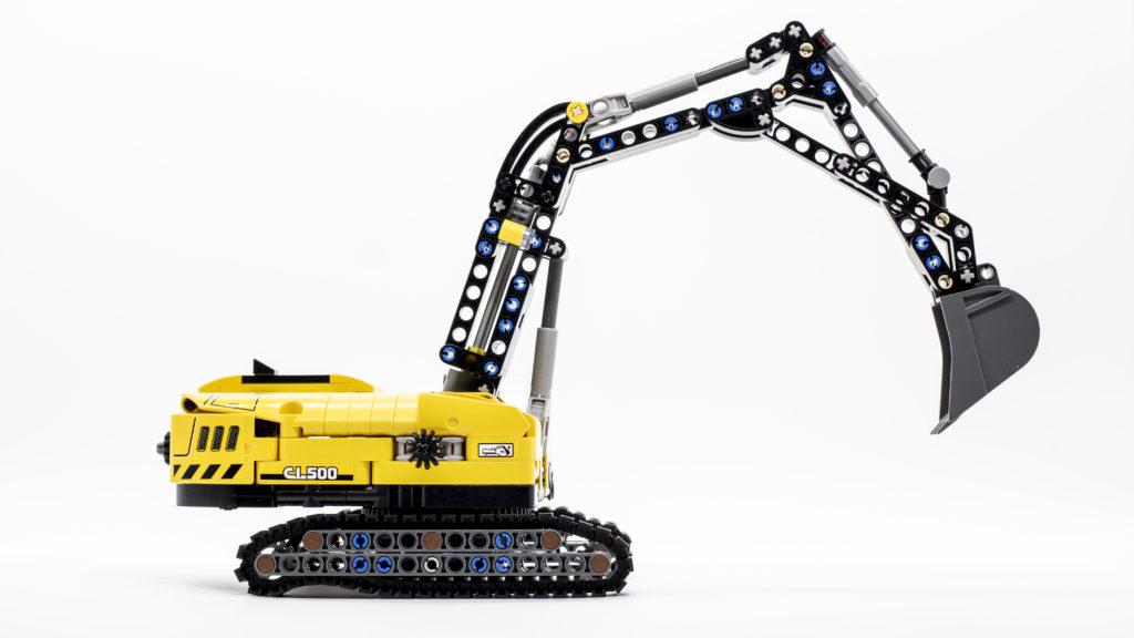 LEGO Technic 42121 Heavy Duty Excavator 2