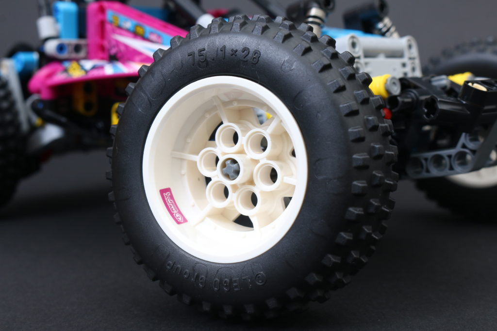 LEGO Technic 42124 Off Road Buggy Review 19