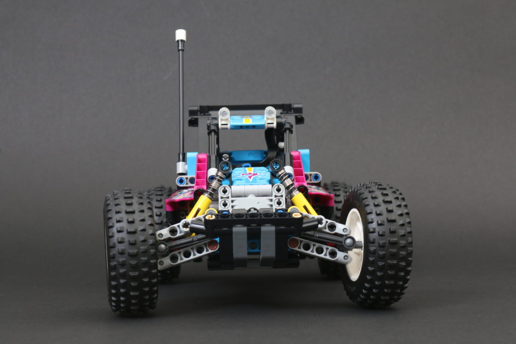 LEGO Technic 42124 Off Road Buggy Review 7