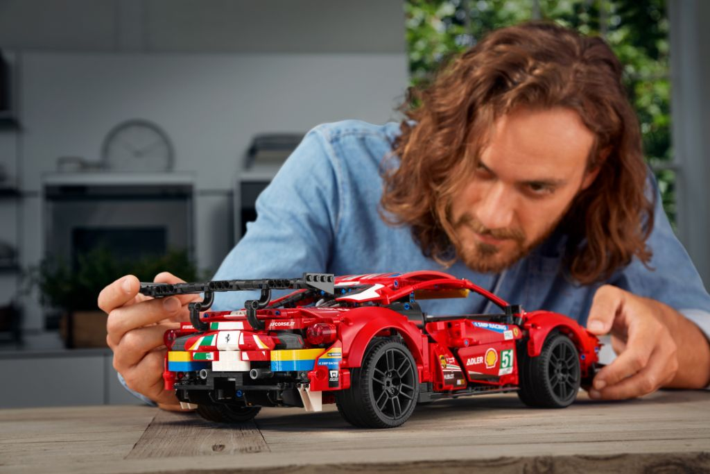 LEGO Technic 42125 Ferrari 488 GTE AF CORSE 51 7