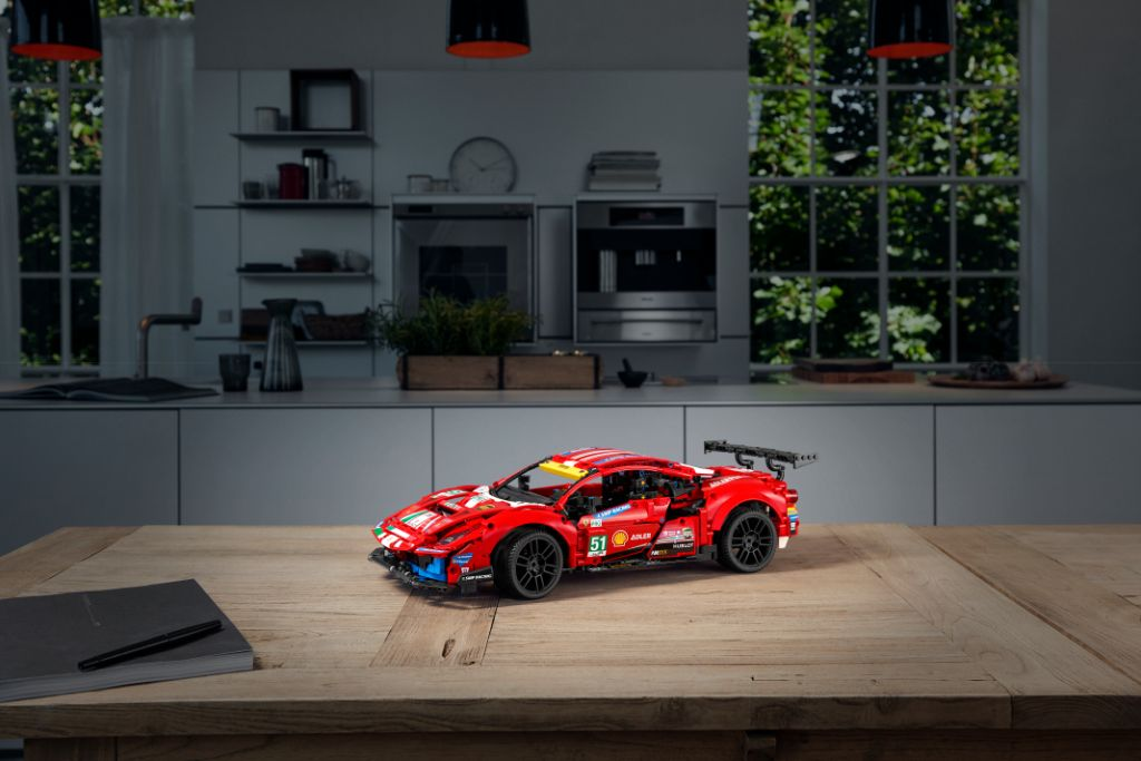 LEGO Technic 42125 Ferrari 488 GTE AF CORSE 51 8