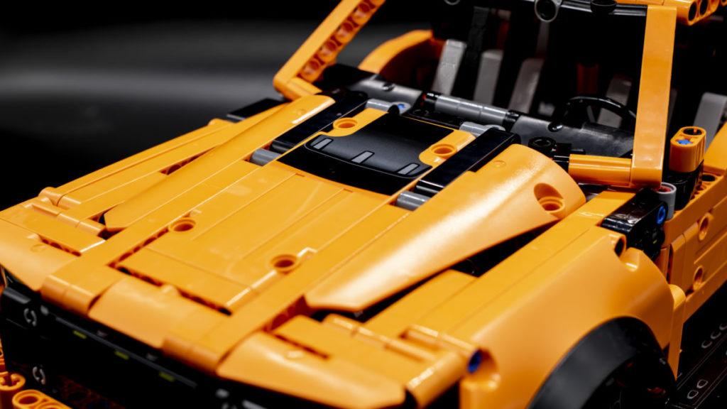 LEGO Technic 42126 Ford F 150 Raptor 16