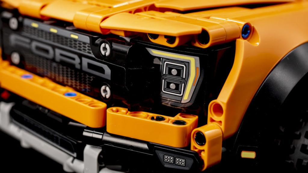 LEGO Technic 42126 Ford F 150 Raptor 18