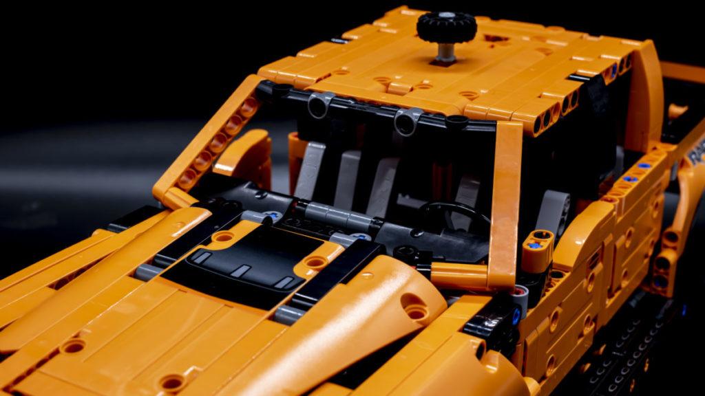LEGO Technic 42126 Ford F 150 Raptor 22