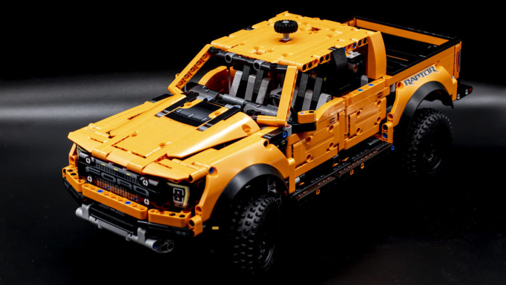 LEGO Technic 42126 Ford F 150 Raptor 26