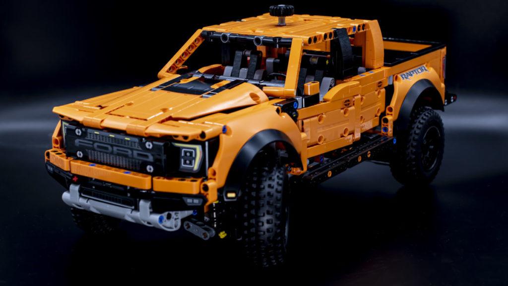 LEGO Technic 42126 Ford F 150 Raptor 4