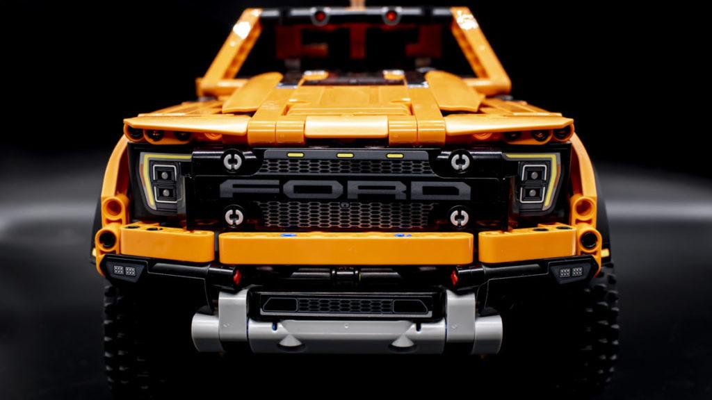 LEGO Technic 42126 Ford F 150 Raptor 5