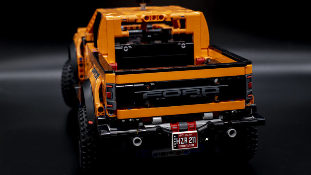 LEGO Technic 42126 Ford F 150 Raptor 6