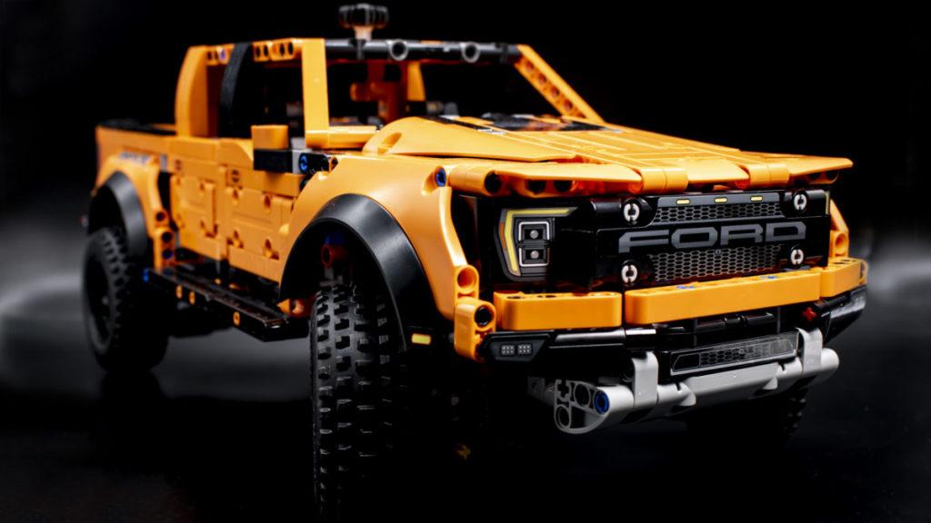 LEGO Technic 42126 Ford F 150 Raptor 7