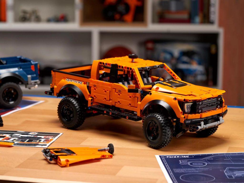 LEGO Technic 42126 Ford F 150 Raptor prototype 2 new