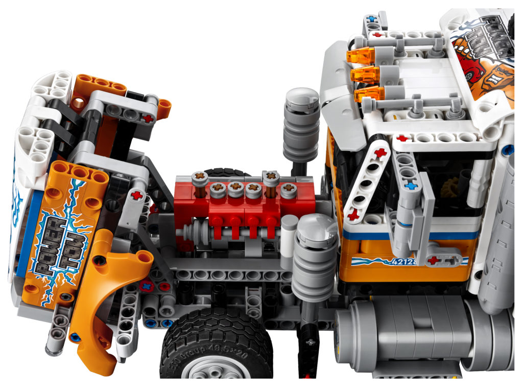 LEGO Technic 42128 Heavy duty Tow Truck 8