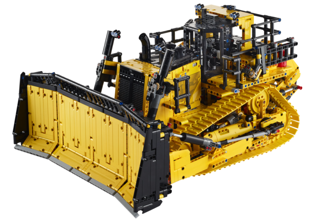 LEGO Technic 42131 CAT D11T Bulldozer contents