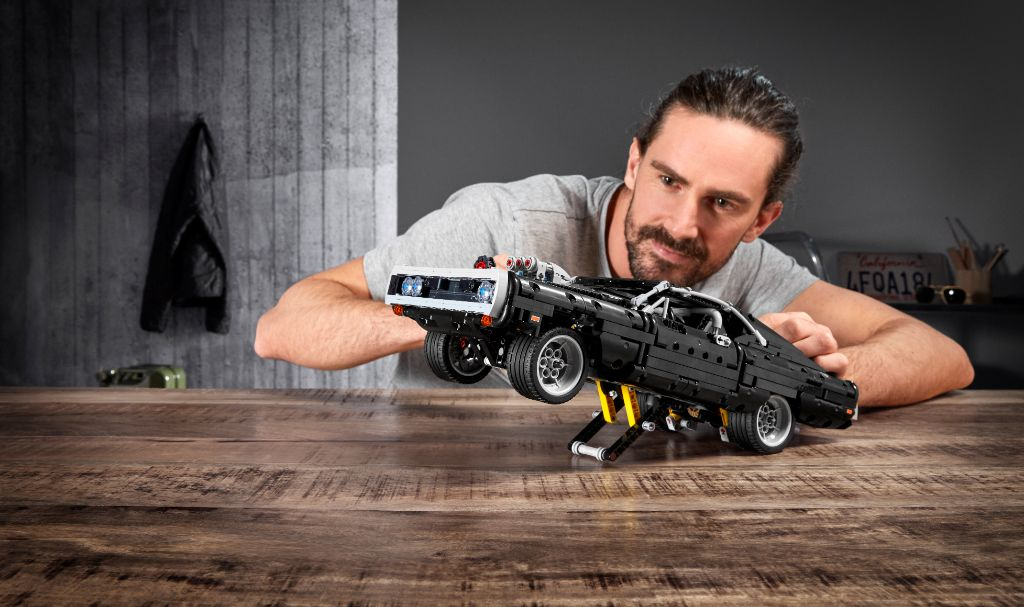 LEGO Technic Fast Furious 42111 Doms Dodge Charger 27