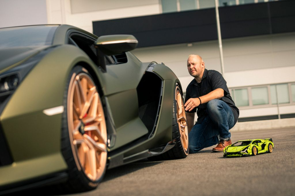LEGO Technic Lamborghini Sián FKP 37 3