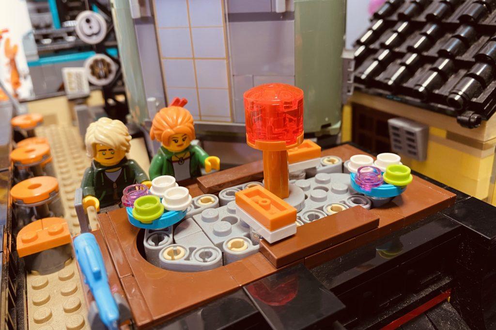 LEGO The LEGO NINJAGO Movie 70620 NINJAGO City Sushi Bar