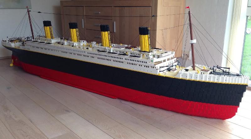 LEGO Titanic Model Featured