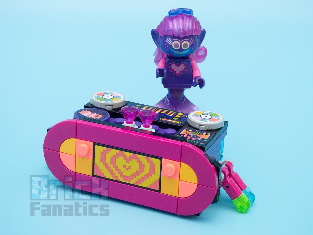LEGO Trolls World Tour 41250 Techno Reef Dance Party 2