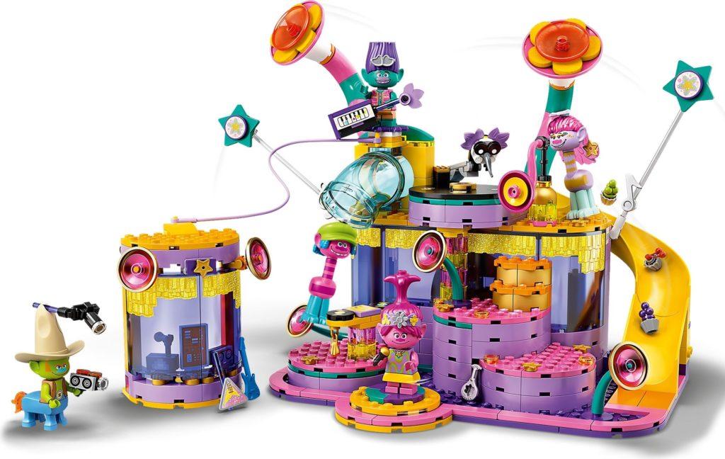 LEGO Trolls World Tour 41258 Vibe City Concert 4