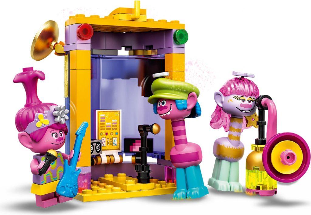 LEGO Trolls World Tour 41258 Vibe City Concert 6