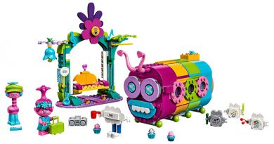 LEGO Trolls World Tour 41256 Rainbow Caterbus