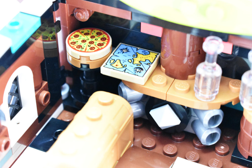 LEGO VIDIYO 43114 Punk Pirate Ship review 4