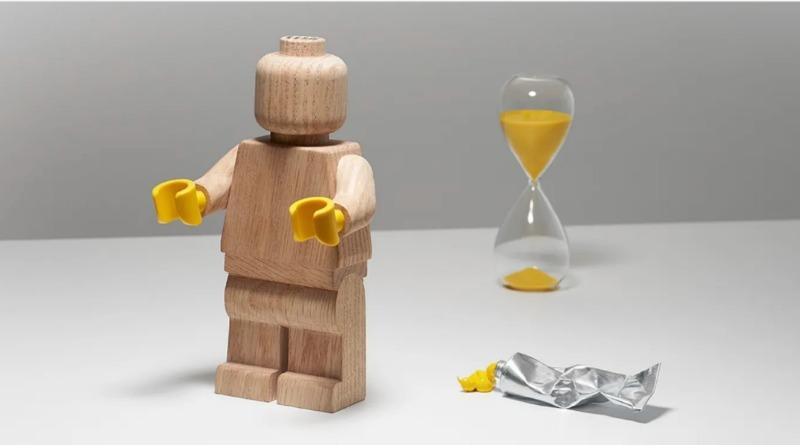 LEGO Wooden Minifigure Retiring Soon Featured