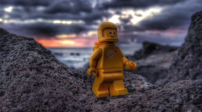 LEGO Yellow Spaceman