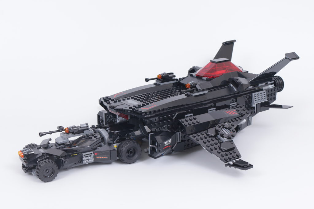 LEGO Zack Snyder Justice League Sets 76086 Knightcrawler Tunnel Attack 76087 Flying Fox Batmobile Airlift Attack 76085 Battle Of Atlantis 3