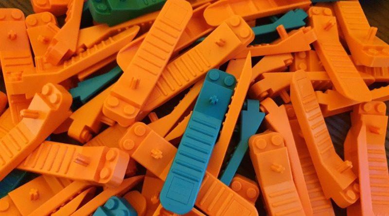 LEGO Brick Separators Featured 800x445