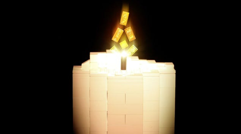 LEGO Bygge Hygge Candle Featured