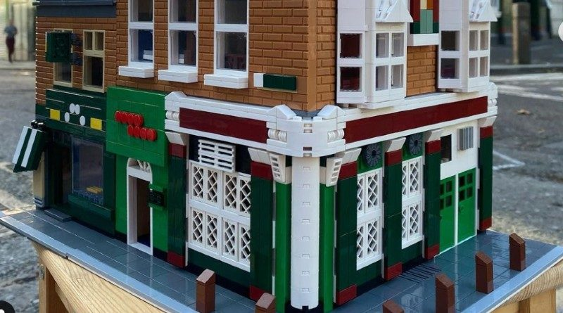 LEGO dublin pub featured