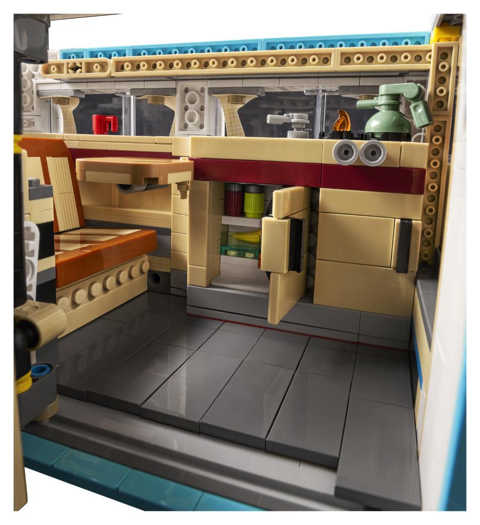 LEGO for Adults 10279 Volkswagen T2 Camper Van 5