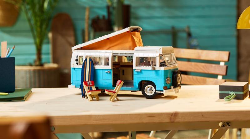 LEGO For Adults 10279 Volkswagen T2 Camper Van Featured 2