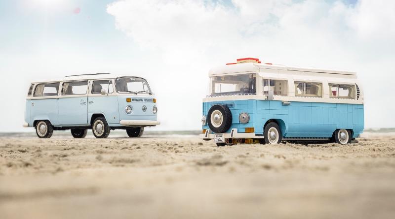 LEGO For Adults 10279 Volkswagen T2 Camper Van Featured 5