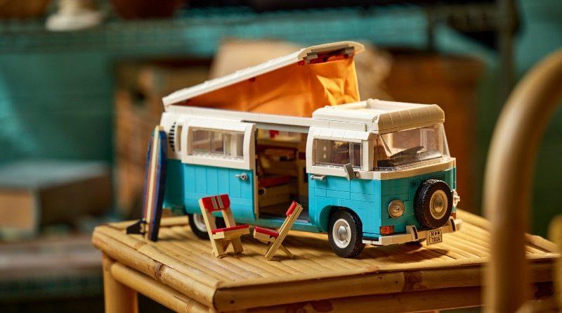 LEGO for Adults 10279 Volkswagen T2 Camper Van featured 6