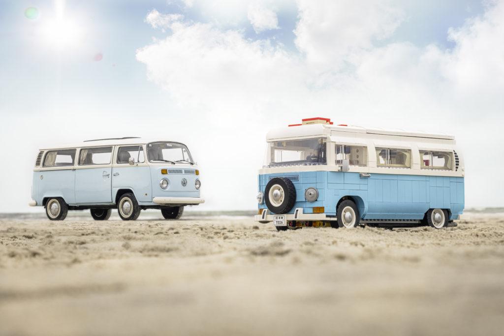 LEGO for Adults 10279 Volkswagen T2 Camper Van real life van 1