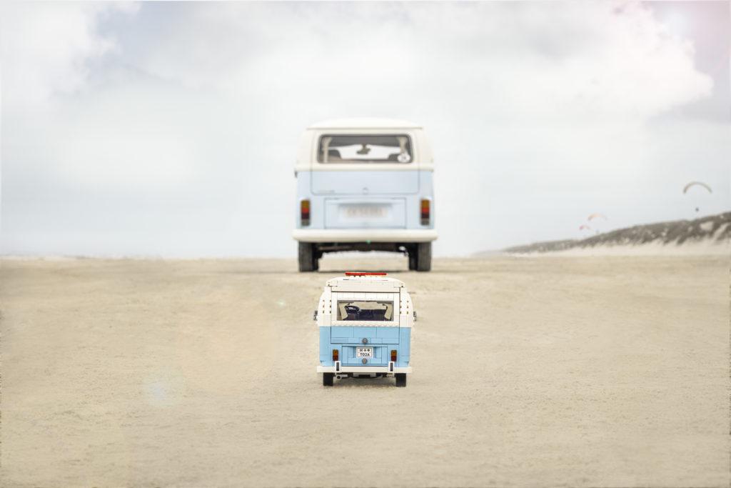 LEGO for Adults 10279 Volkswagen T2 Camper Van real life van 10