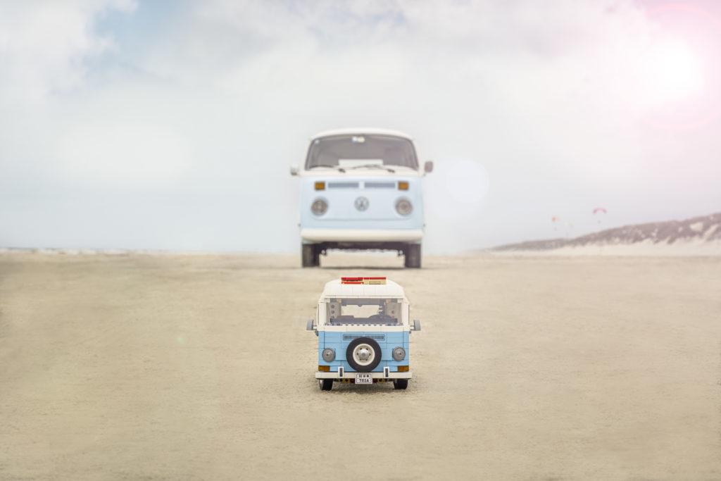 LEGO for Adults 10279 Volkswagen T2 Camper Van real life van 4