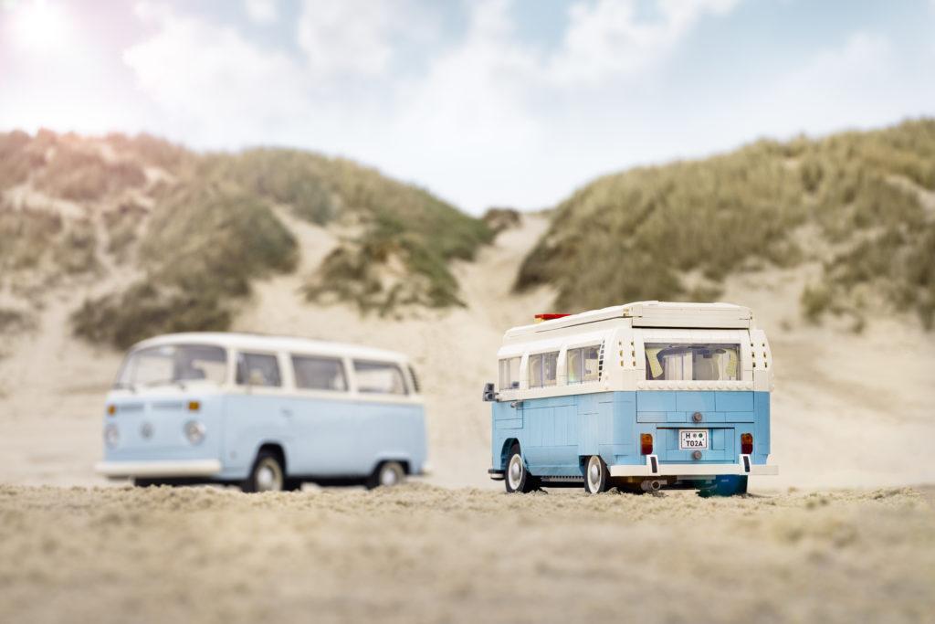 LEGO for Adults 10279 Volkswagen T2 Camper Van real life van 6