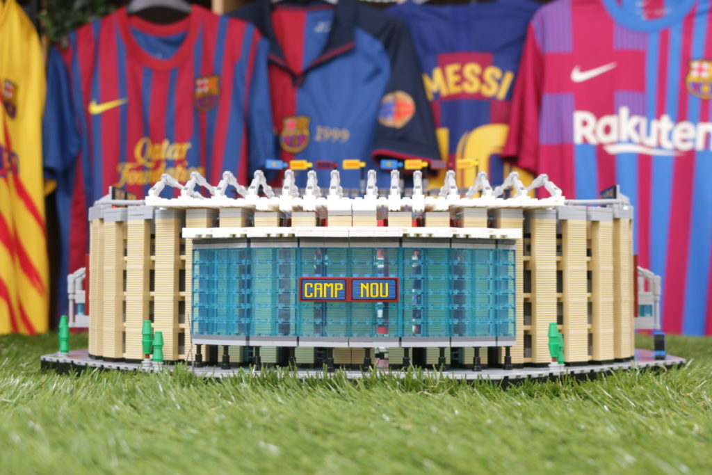 LEGO for Adults 10284 Camp Nou – FC Barcelona review 10
