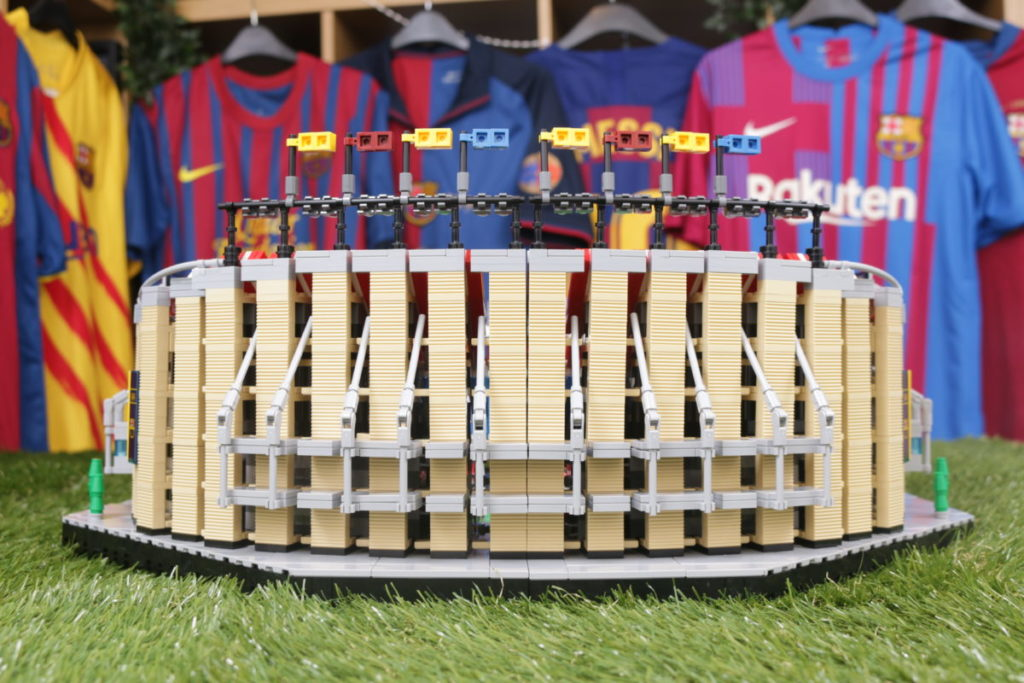 LEGO for Adults 10284 Camp Nou – FC Barcelona review 25