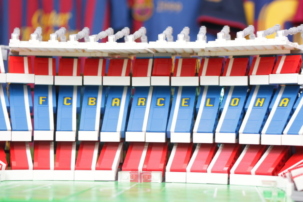LEGO for Adults 10284 Camp Nou – FC Barcelona review 32