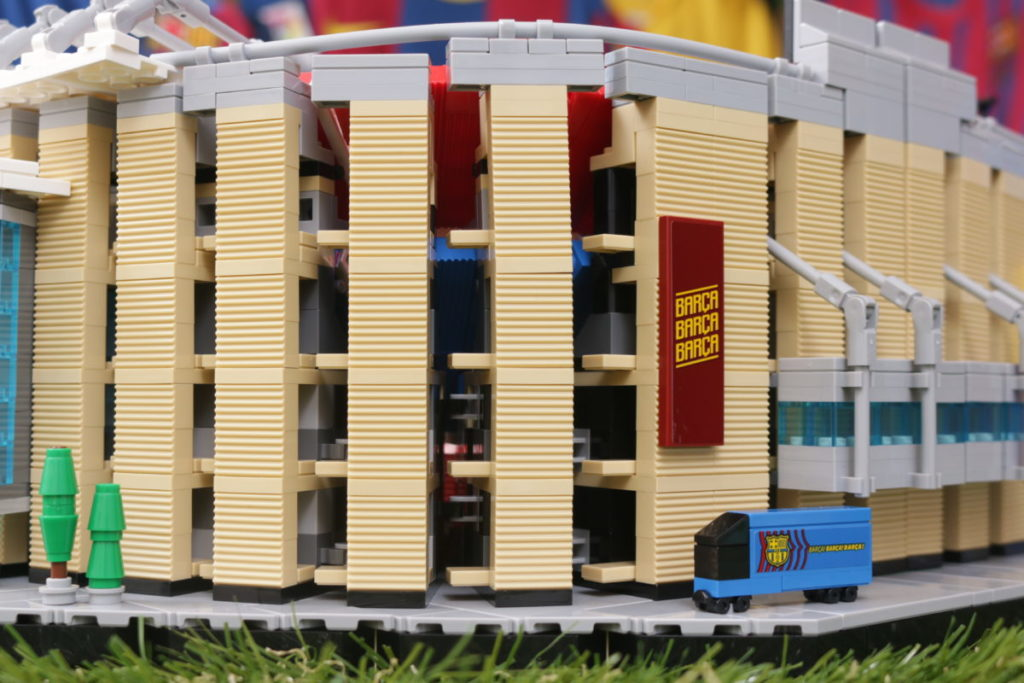 LEGO for Adults 10284 Camp Nou – FC Barcelona review 35