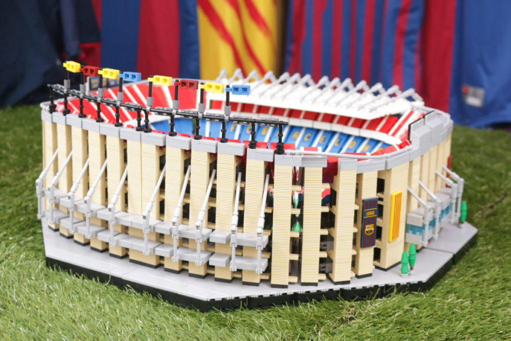 LEGO for Adults 10284 Camp Nou – FC Barcelona review 47