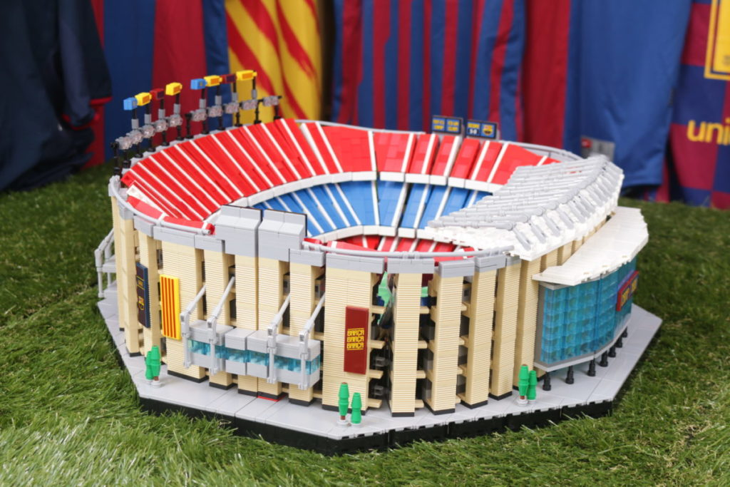 LEGO for Adults 10284 Camp Nou – FC Barcelona review 5